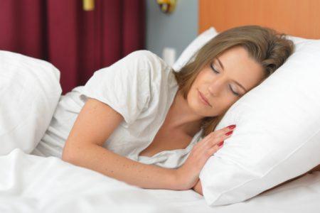 睡眠は美肌の味方